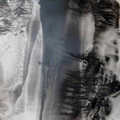 Dotyk 03, papier, akryl, 50 cm x 32,5 cm, 2012